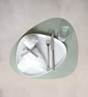 Tischset Curve L Nupo Olive Green